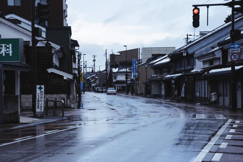 高岡の渋い街並み
