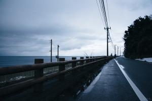 雨晴海岸通り