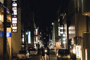 富山の繁華街の風景