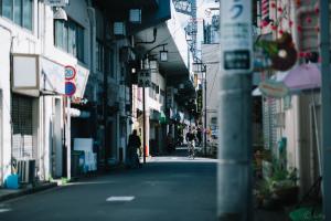 高円寺ストリート脇